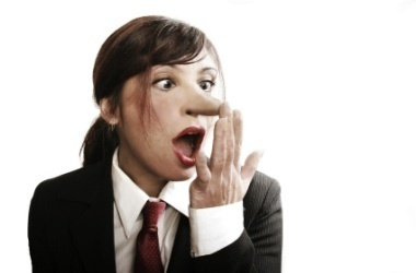 Nase rümpfen körpersprache